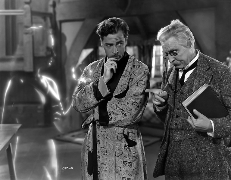 """Virginia Bruce looks like a ghost in this production still from """"The Invisible Woman"""" (1940). With John Barrymore. (Bizarre Los Angeles)"""