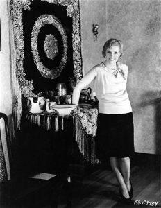 Olga Baclanova at home in 1928. (Bizarre Los Angeles)