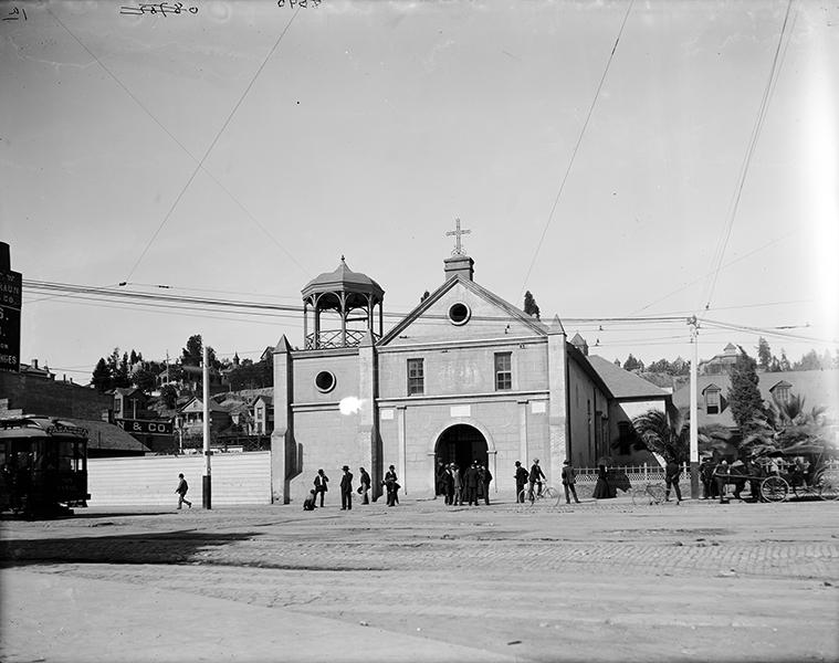 La Iglesia de Nuestra Señora la Reina de Los Ángeles