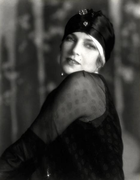 Olga Baclanova (Bizarre Los Angeles)