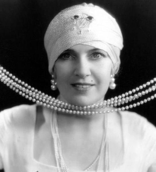 """I don't like myself when I look in the mirror. Yet the men, they like me."" -- Olga Baclanova (Bizarre Los Angeles)"