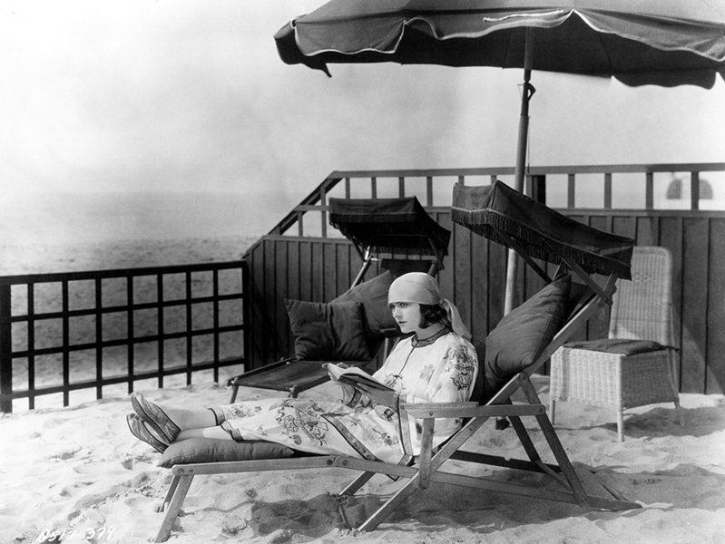 """""""No, no, I tell you - as I am now writing in my 'Memoirs' - in love I have been always un'appy - I have been the one who was hurt, who was humiliated, who was left grieving - never, never the man!"""" -- Pola Negri (Bizarre Los Angeles)"""