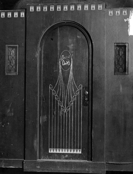 Marion Davies dressing room door