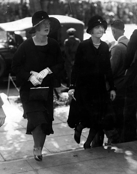 Marion Davies and her sister, Ethel Douras, attending Rudolph Valentino's West Coast funeral held at the Catholic Church of the Good Shepherd (505 N. Bedford Dr., Beverly Hills) on September 7, 1926. (LAPL) Bizarre Los Angeles