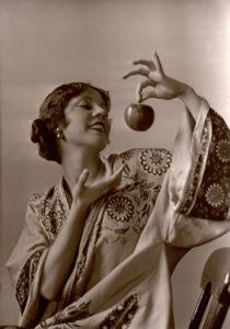 Olive Bordon 1927