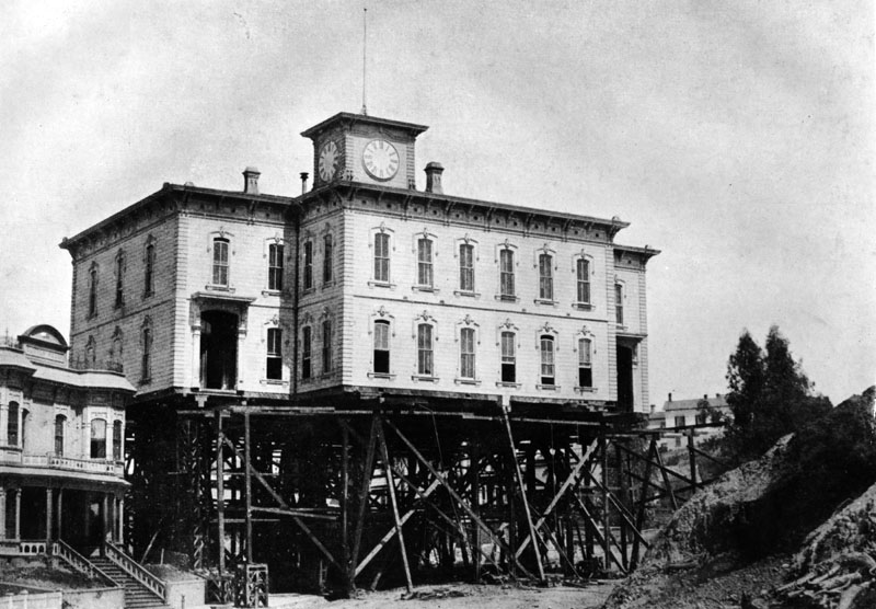 The original Los Angeles High School building in the late 1880s. (Bizarre Los Angeles)
