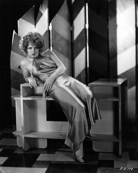 Clara Bow in 1930 (Bizarre Los Angeles)