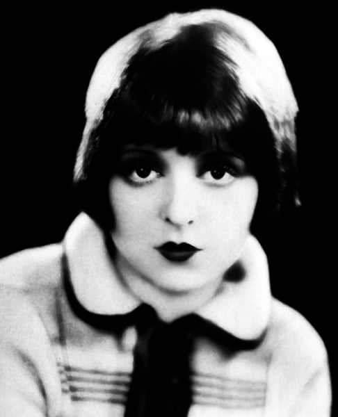 Clara Bow in 1923. (Bizarre Los Angeles)