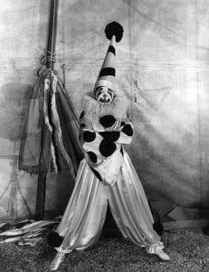 """Clara Bow as a clown in """"Dangerous Curves"""" (1929). BIzarre Los Angeles"""