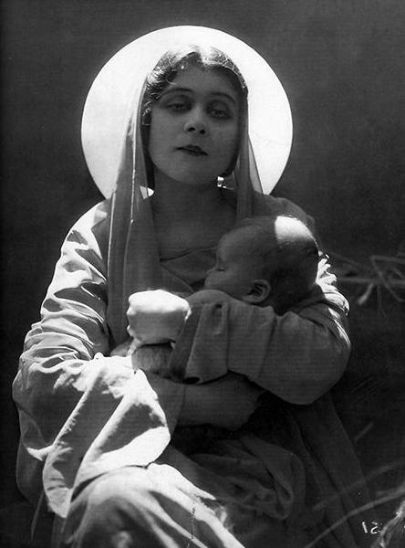 Theda Bara as the Virgin Mary, c. 1917. (Bizarre Los Angeles)