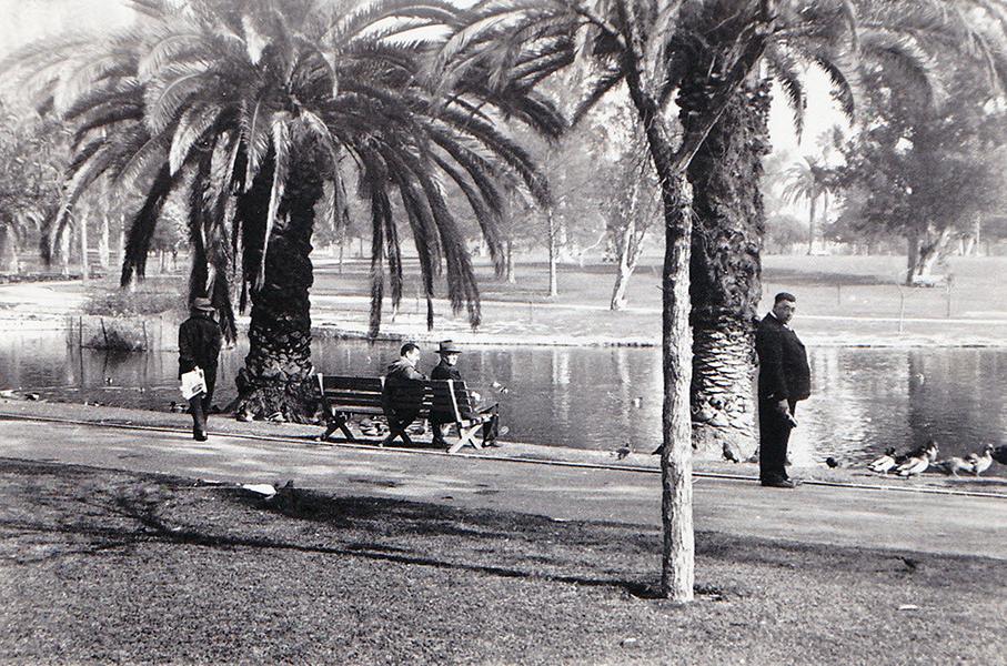 1940s LOS ANGELES Street & Park Scenes - MacArthur Park