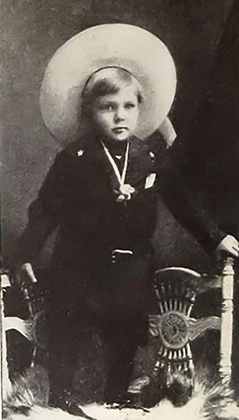 Gary Cooper at 2-years-old. Bizarre Los Angeles.