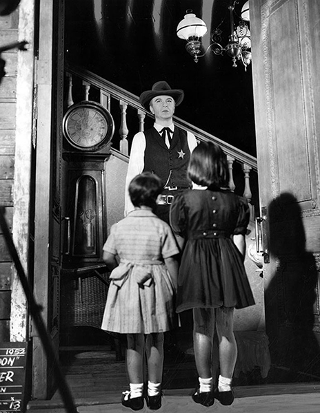 Two Canadian children are ready to be deputized by Gary Cooper at the Movieland Wax Museum in Buena Park. The photo was taken in 1962 during a special sneak preview before the museum officially opened. (LAPL 00106299). Bizarre Los Angeles