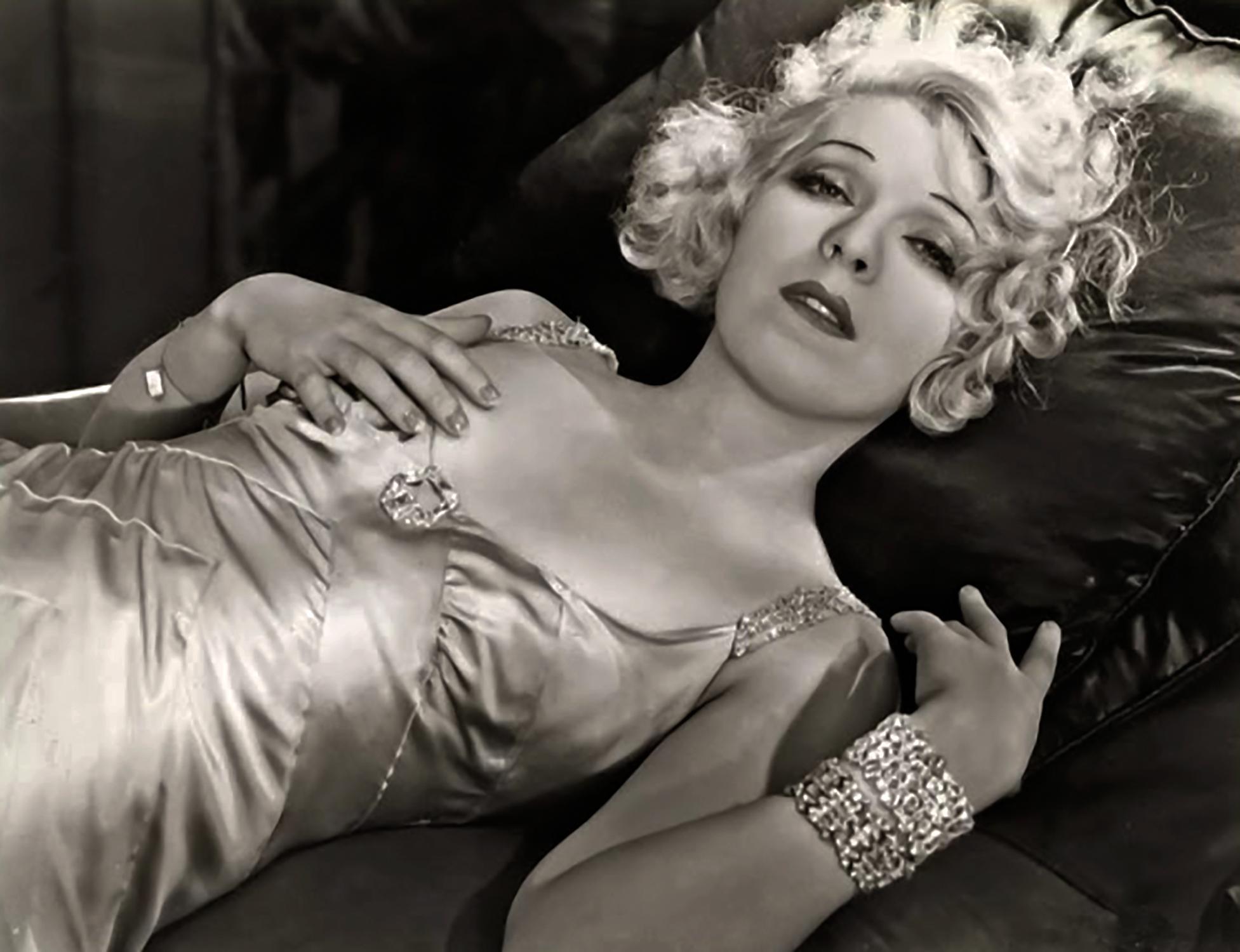 Ina Claire 1932