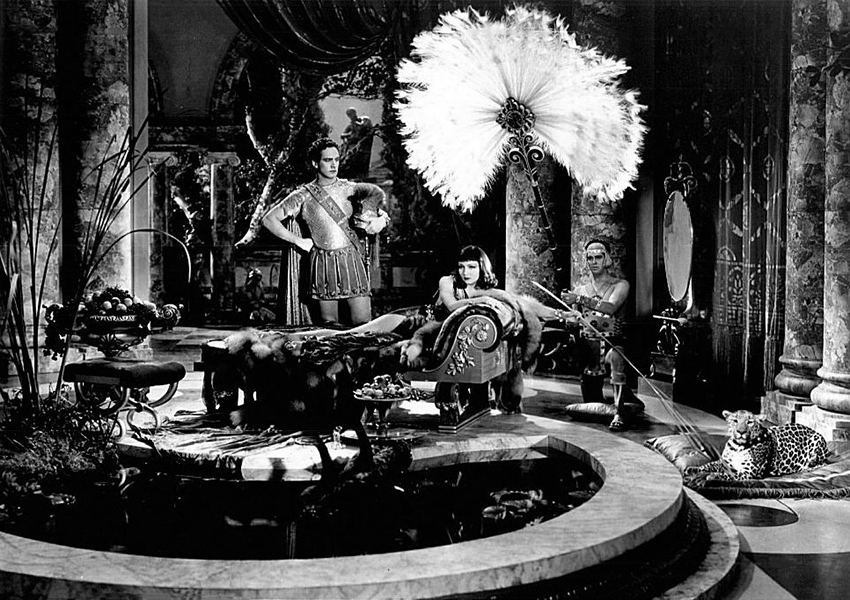 """Fredric March and Claudette Colbert in """"The Sign of the Cross"""" (1932). Bizarre Los Angeles"""