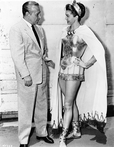 George Raft visits Esther Williams on the MGM lot in 1953-54. (Bizarre Los Angeles)