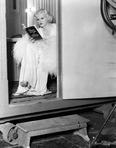 """Jean Harlow candid """"Dinner at Eight"""" (Bizarre Los Angeles)"""