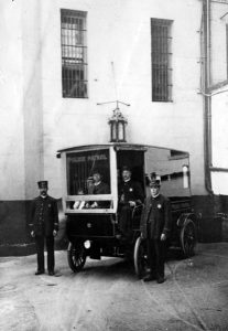 Los Angeles Police Department officers standing by their motor vehicle. Judging from the shape of their badges, I'm guessing that the photo was taken between 1903 and 1909. (Bizarre Los Angeles)