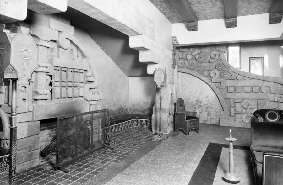 Aztec Hotel lobby in 1925.