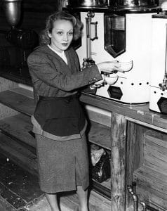 Marlene Dietrich at the Hollywood Canteen (Bizarre Los Angeles)