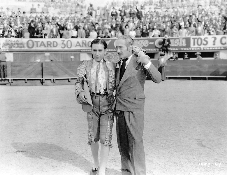 """George Raft and Aldolphe Menjou in """"The Trumpet Blows"""" (1934). Bizarre Los Angeles"""