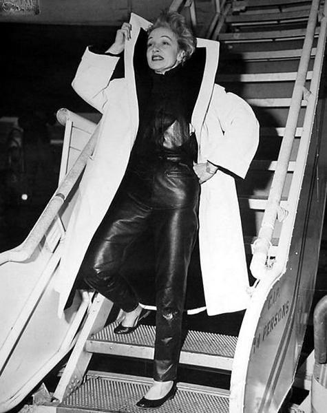 Marlene Dietrich 1954