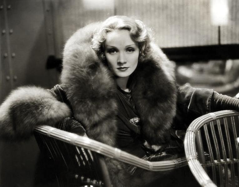 Marlene Dietrich - fur