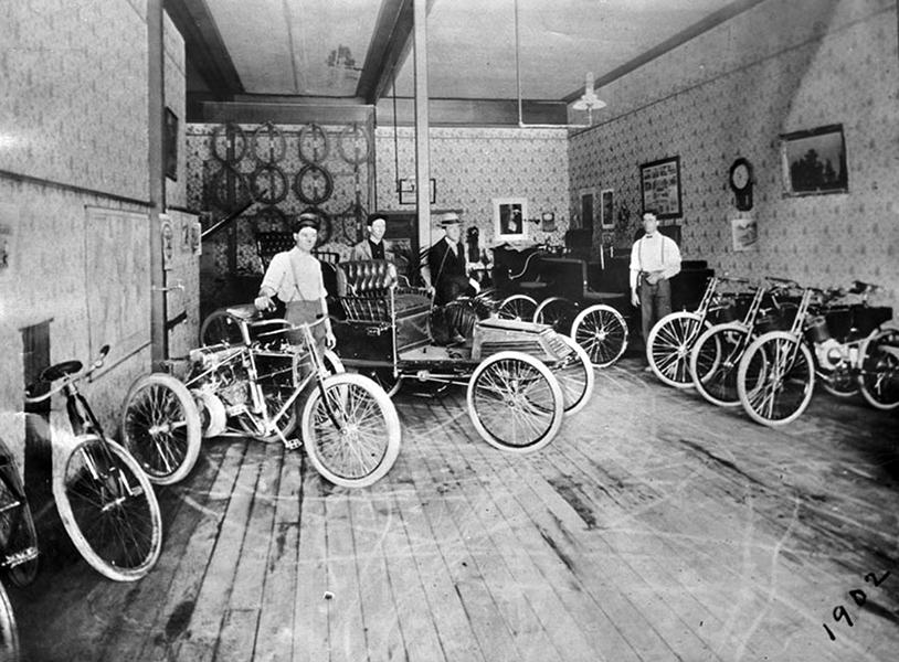 Ralph Hammlin bicycle store