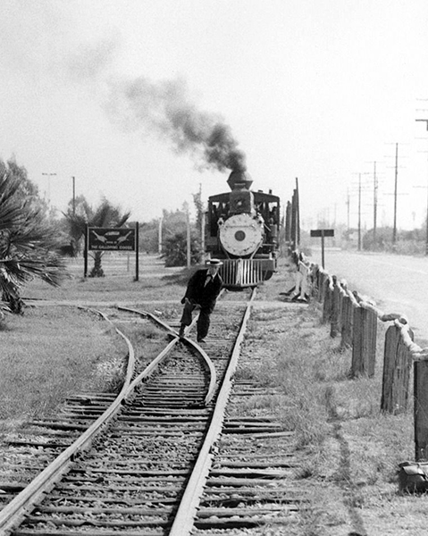 Buster Keaton Knotts berry farm