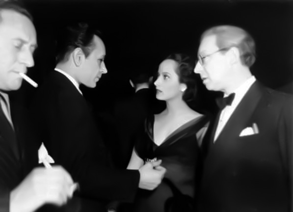 Candid of George Raft and Merle Oberon. (Bizarre Los Angeles)