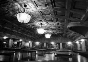 The Ambassador Hotel's Embassy Room in 1987. Bizarre Los Angeles.