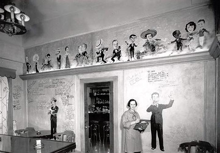 Los Angeles Ambassador Hotel Field and Turf Room. (Bizarre Los Angeles)
