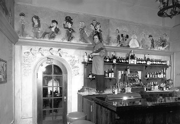 Inside the Ambassador Hotel's Field & Turf Club, a private room adjacent to the Cocoanut Grove. Photo is circa early to mid 1930s. Supposedly, William Powell was a regular. Bizarre Los Angeles