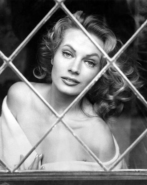 Anita Ekberg in 1957. (Bizarre Los Angeles)