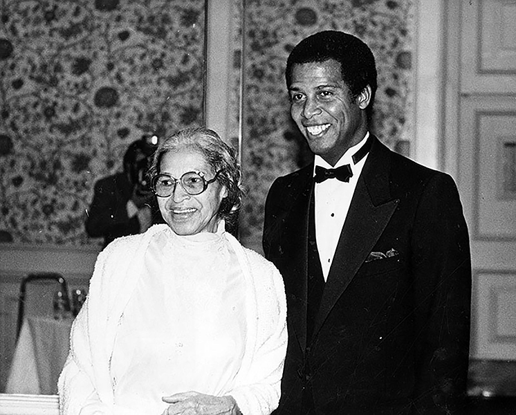 """Rosa Parks and """"Hill Street Blues"""" actor Michael Warren at a special ACLU event at the Ambassador Hotel in 1984. (LAPL 00115463) Bizarre Los Angeles"""