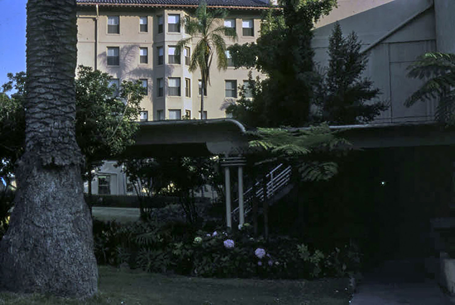 Traveling back a little further in time, here is a view of the Ambassador Hotel in 1976. Photographer: Anne Laskey // LAPL 00090138