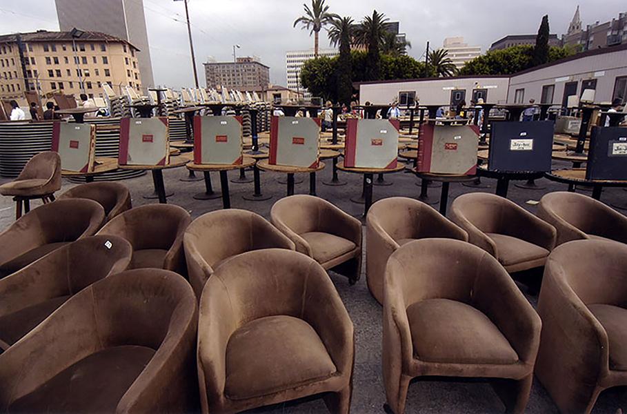 he auction of the Ambassador Hotel's furnishings. (Photographer: Gary Leonard / LAPL 00104793) Bizarre Los Angeles