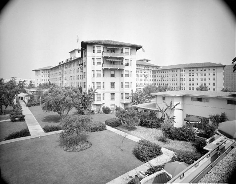 Side view of the Los Angeles Ambassador Hotel, circa 1951. 1951. Photographer: Maynard L. Parker (Bizarre Los Angeles)