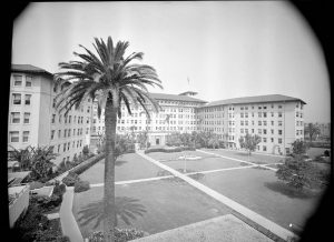 Ambassador Hotel exterior. Undated, but probably in the 1950s. Photographer: Maynard L. Parker. (Bizarre Los Angeles)