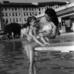 "A ""Model Mother"" with her child at the Los Angeles Ambassador Hotel in 1945. (LAPL) Bizarre Los Angeles"