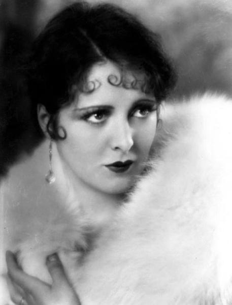 "Billie Dove in ""The Night Watch"" (1929). Bizarre Los Angeles"