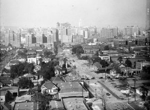 Looking north around Hill St. i'm guessing. Not too far from where the 10 freeway is now. Circa 1928. Bizarre Los Angeles