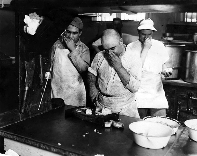 Stinky kitchen at the Lincoln Heights Jail, circa 1929. (LAPL) Bizarre Los Angeles