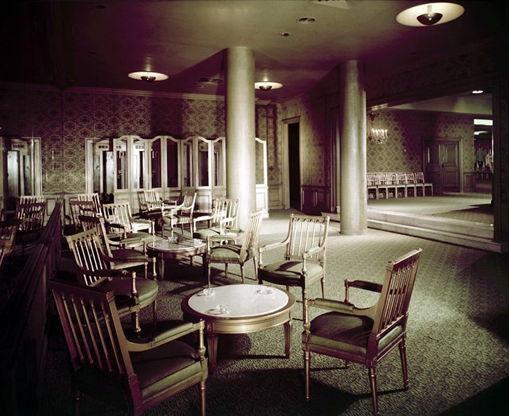 A lounge area of the Ambassador Hotel, circa March 1956. Photographer: Maynard L. Parker (Bizarre Los Angeles)