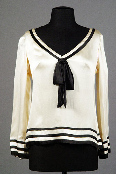 This sailor's top was designed by Barbra Streisand for her first appearance at the Cocoanut Grove in 1963. Valued between $2,000 and 3,000, it was auctioned by Streisand on June 5, 2004. (Bizarre Los Angeles)
