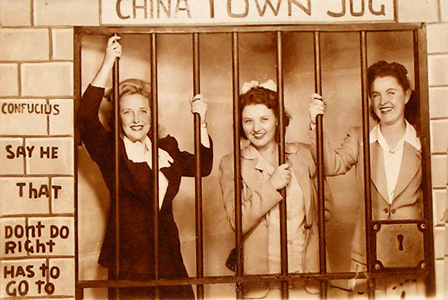 souvenir los angeles ca 3 pretty girls chinatown jail jug