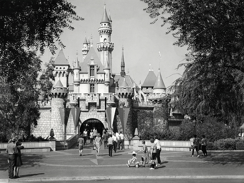 1977 disneyland magic kingdom los angeles