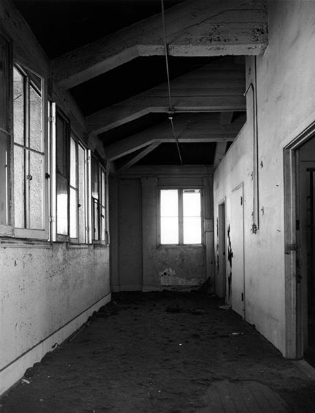 The penthouse area of the Ambassador Hotel's main building. 2005. Photographer: Tom Zimmerman. (LAPL) Bizarre Los Angeles