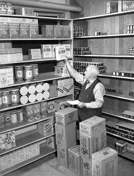 The pantry of the Ambassador Hotel in 1940. (UCLA Digital Archive) Bizarre Los Angeles