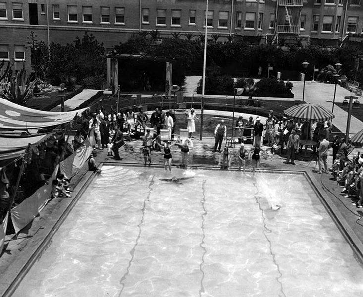 Ambassador Hotel Lido pool
